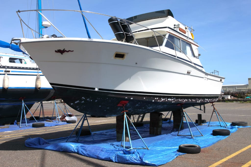 bottom antifouling paint going on a boat