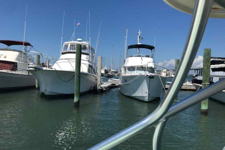Can a Monohull Yacht Survive Rough Seas?