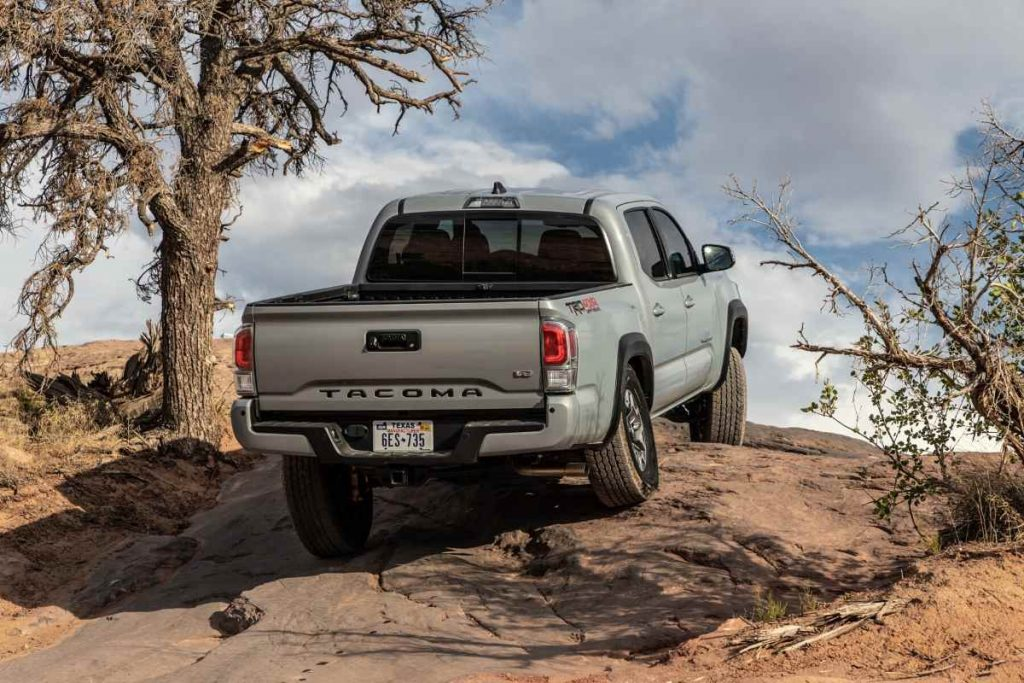 2021 Toyota Tacoma Pickup truck towing capacity