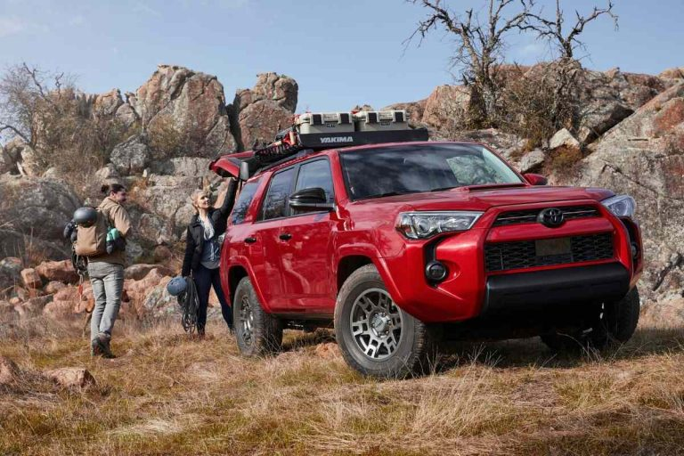 What Boats Can a Toyota 4Runner Tow? [22 Examples]