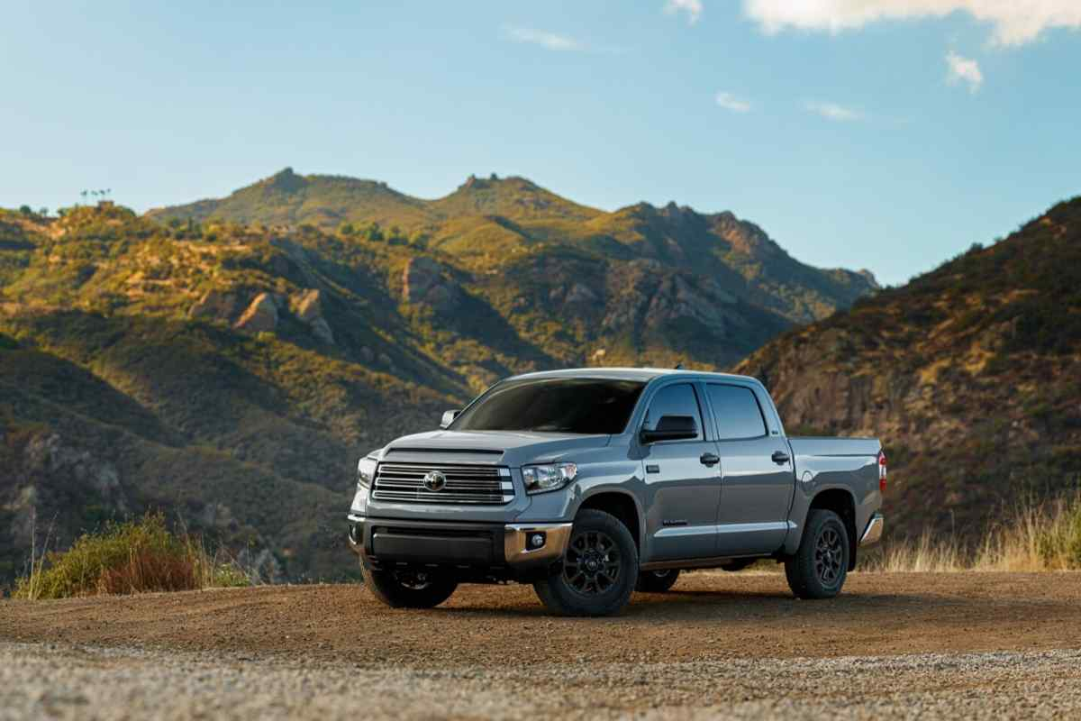 Towing Capacity - What Boats Can a Toyota Tundra Pickup Truck Tow? [21 Examples]