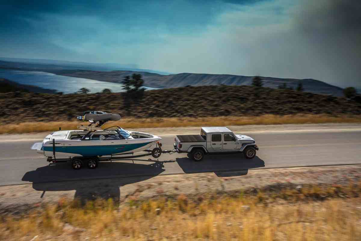 Boats You Can Tow With A Jeep Gladiator