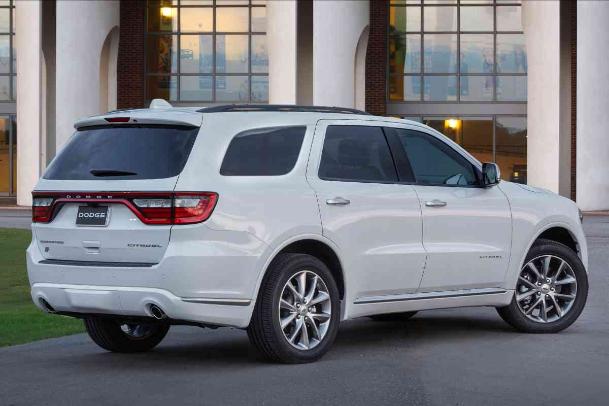 What Boats Can a Dodge Durango Tow? 2012, 2013, 2014, 2015, 2016, 2017, 2018, 2019, 2020