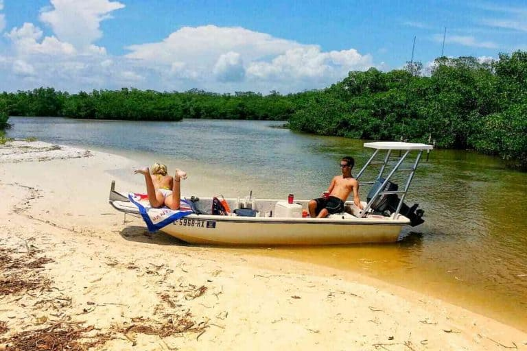 Are Flat-Bottom Boats More Stable?