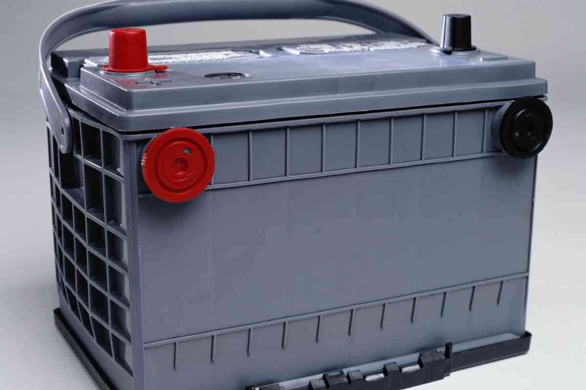 Boat Batteries: Everything a Boat Owner Must Know - Should I leave my boat battery charger on all the time?