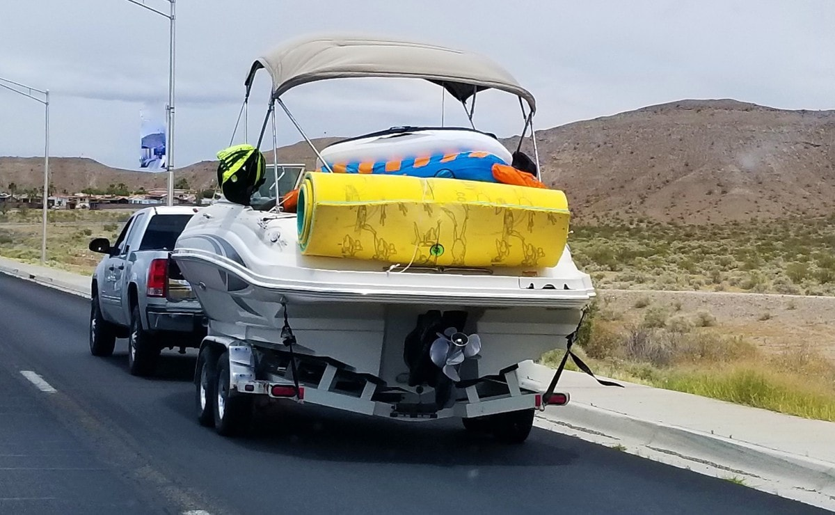Should a Boat Trailer Be Level When Towing?