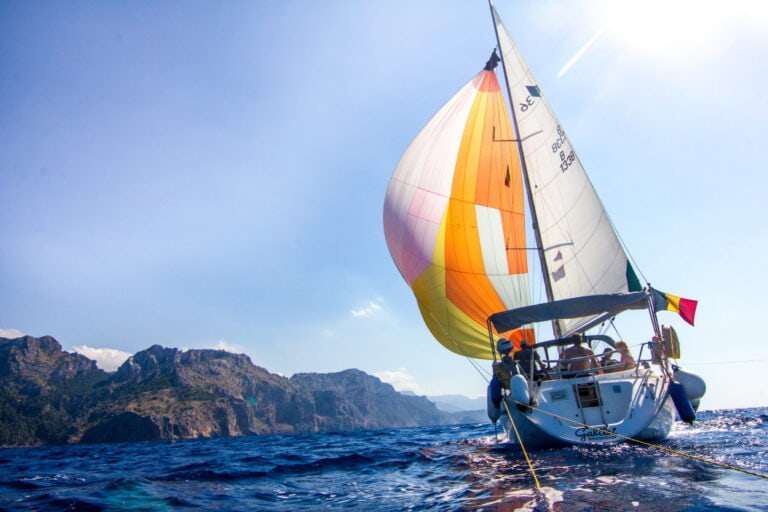 19 Things To Consider When Raising Sails on a Sailboat?