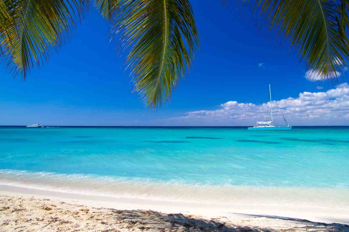 How Much Does It Cost To Live On A Sailboat In The Caribbean? #boating #sailing #sailboat #boatlife #yachts #saltlife #cruisers #SAILING #caribbean