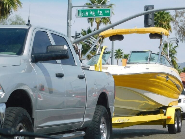 How to Trailer a Boat ALONE in 3 Steps