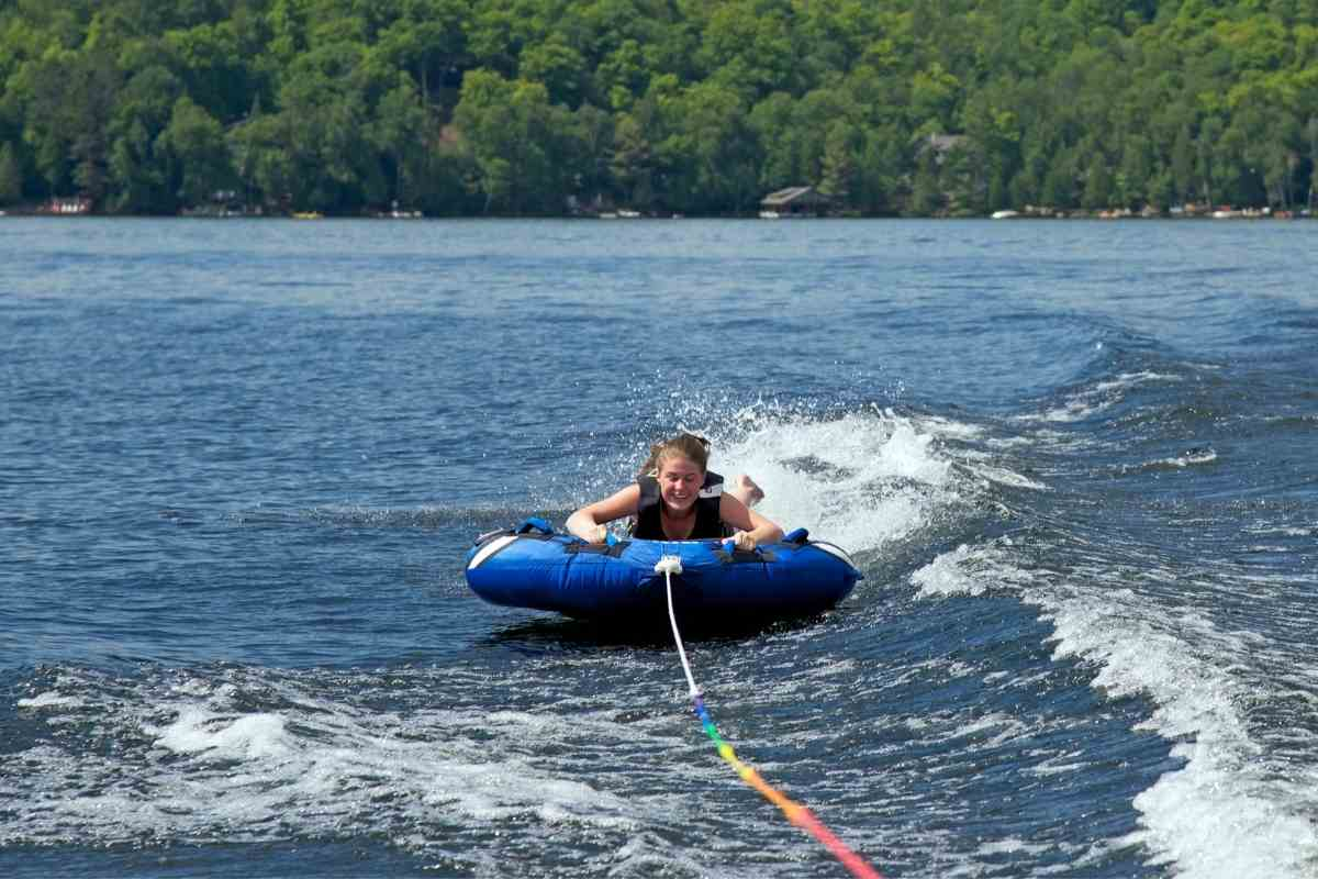 Are Deck Boats good for Tubing?