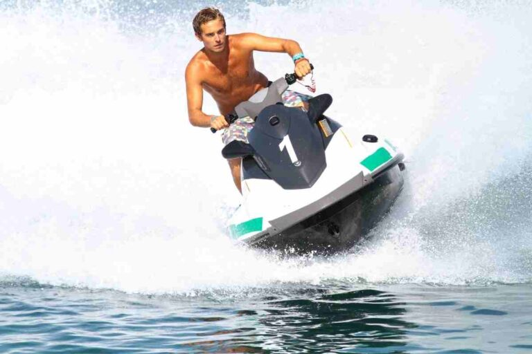 How Much Do Jet Skis Weigh?