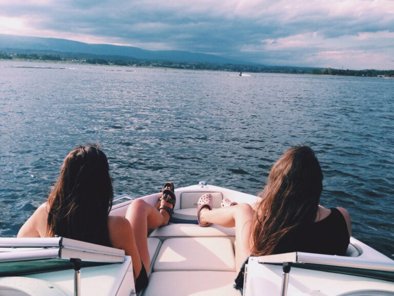 What Is A Deck Boat?