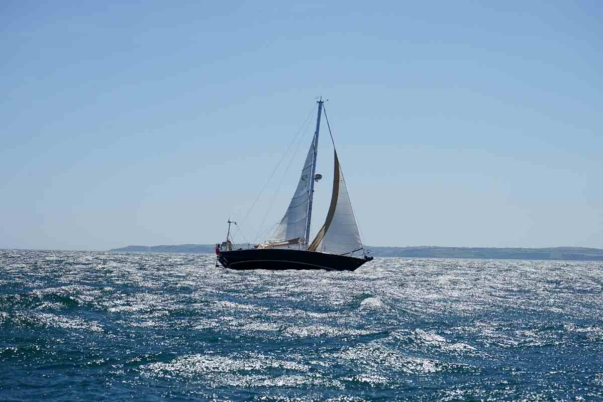 Is A Sailboat A Good Investment?