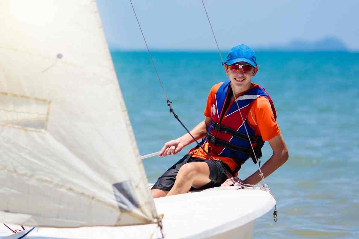 Can You Learn To Sail By Yourself?