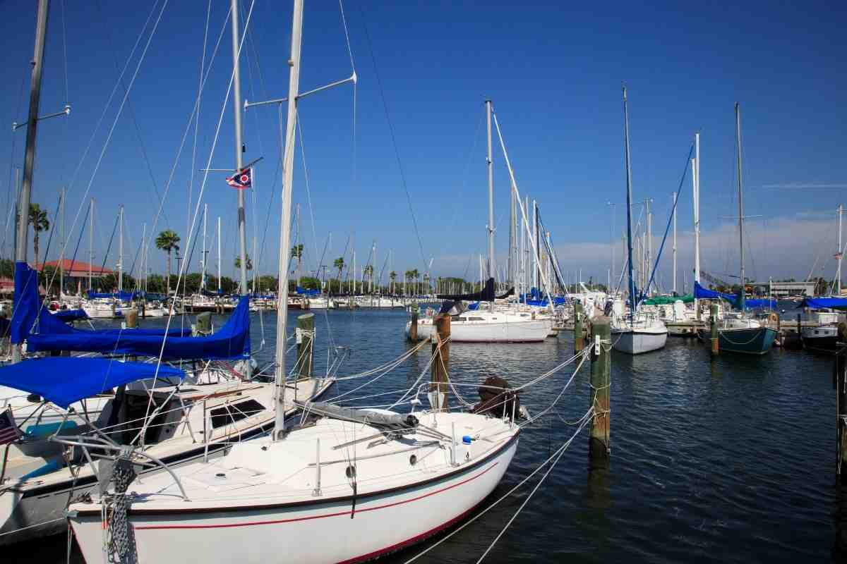 Does Freedom Boat Club Have Sailboats and How Much Can You Use the Boats?