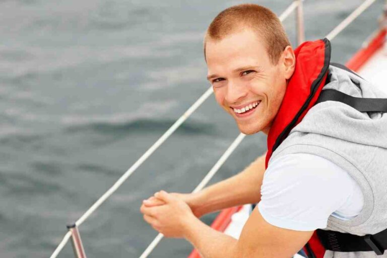 Best Offshore Life Jacket for Sailing