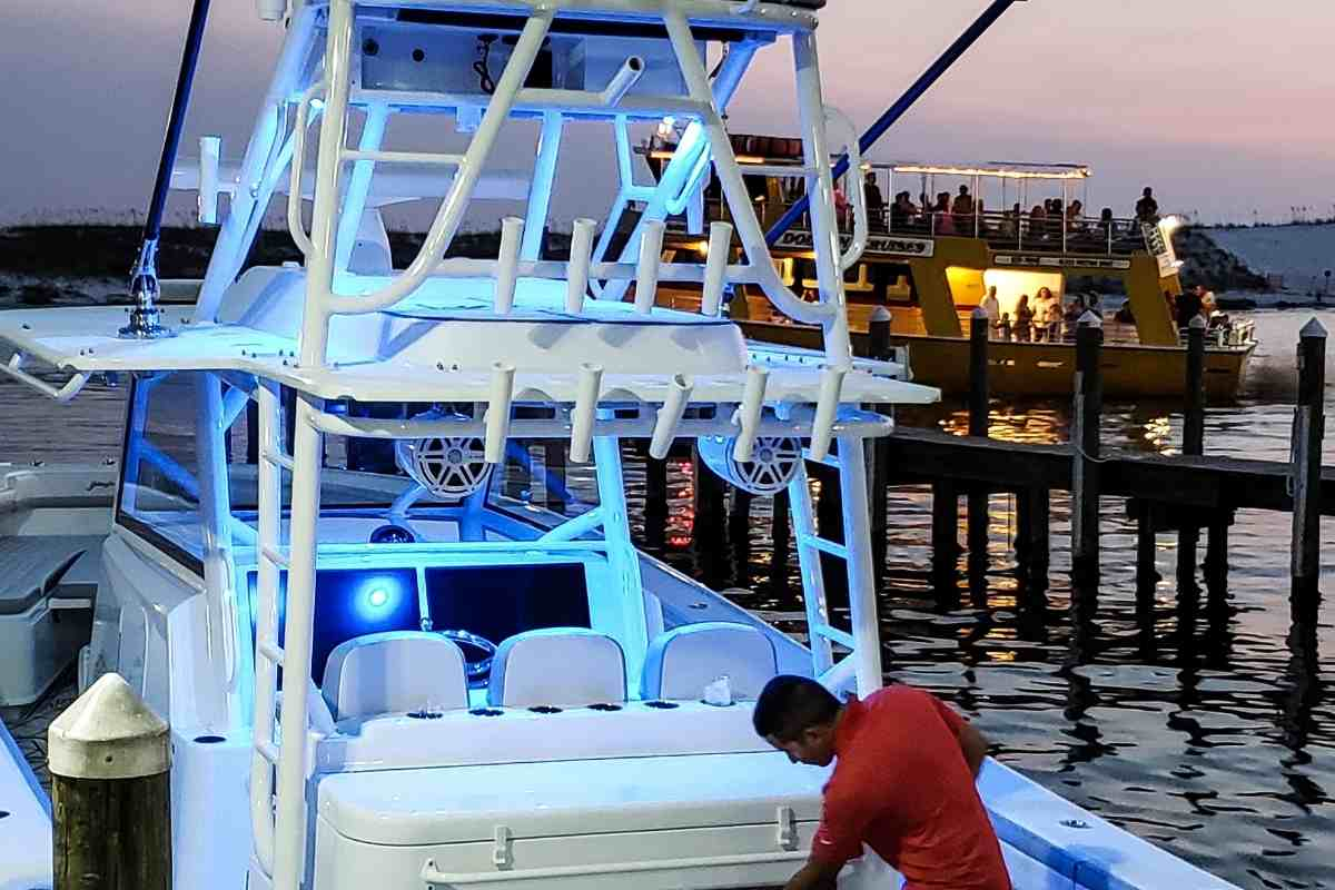 What Boat Lights Are Required At Night?
