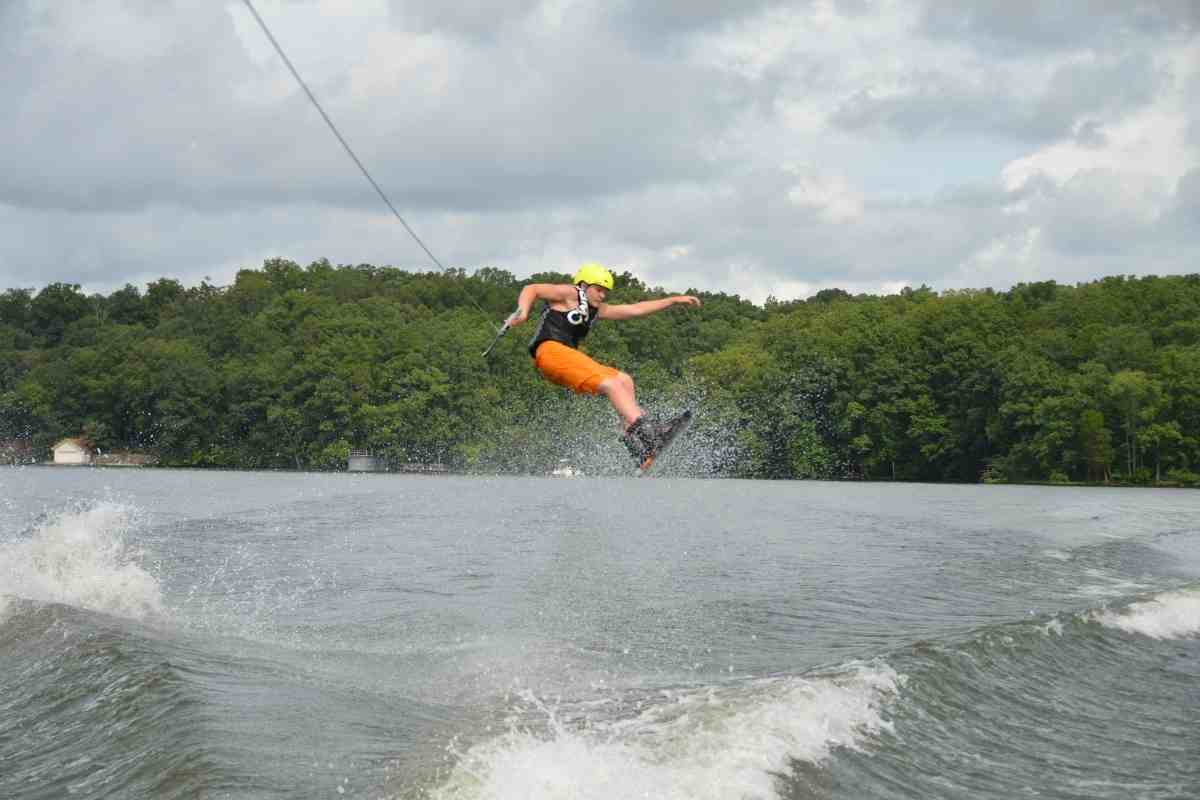 How Big Should My Wakeboard Be?