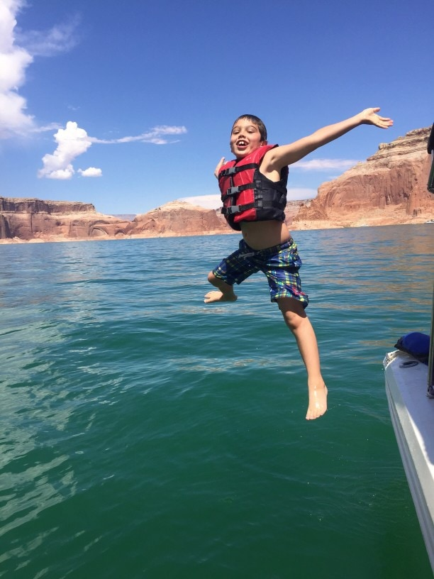 Where to Wakeboard in Arizona (7 Best Lakes Revealed!)