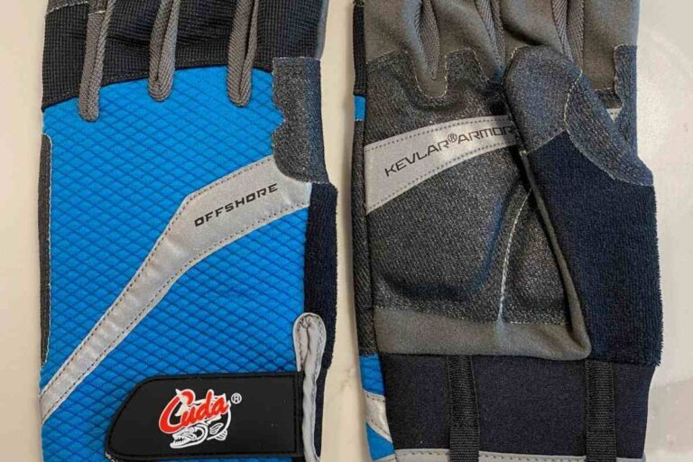 Best Fishing Gloves For Offshore Saltwater Fishing