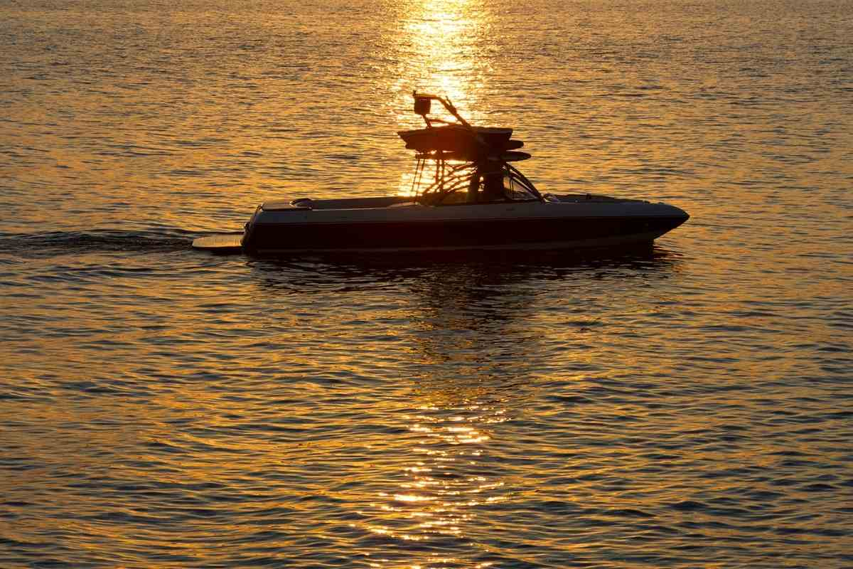 Can Ski Boats Go in The Ocean?