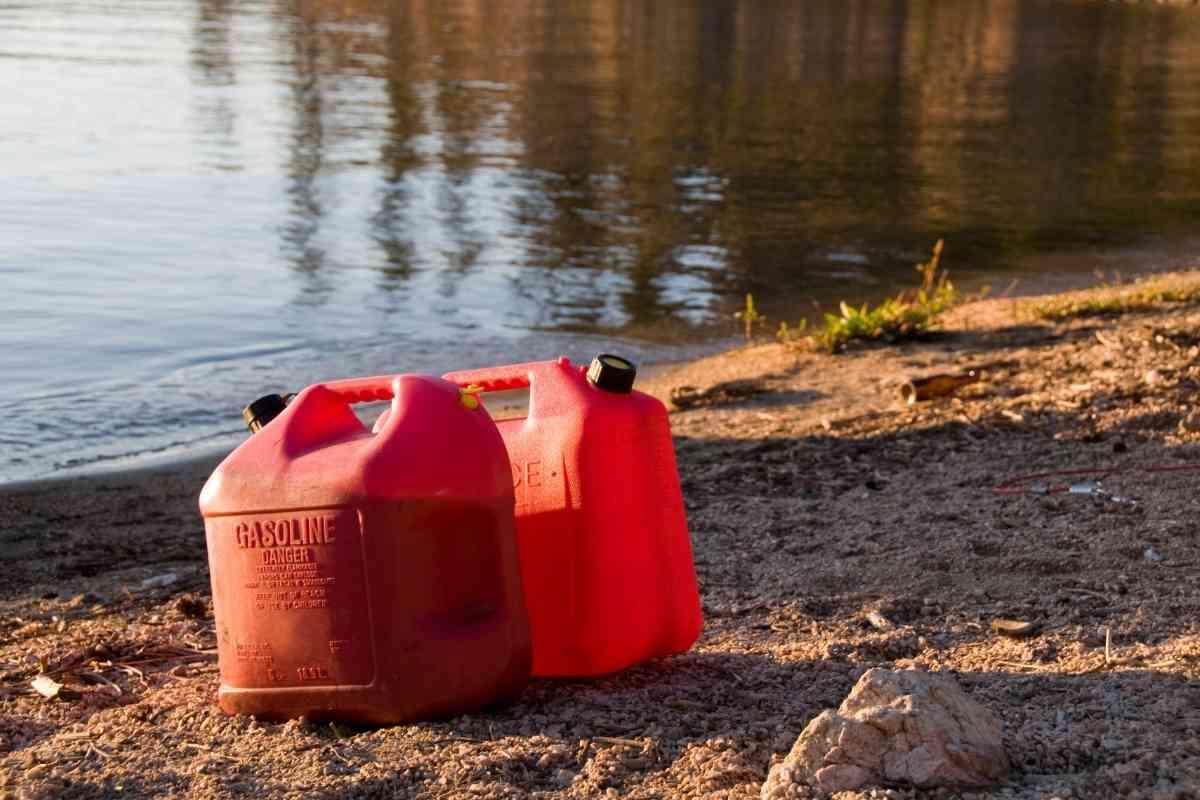 How Big Is A Pontoon Boat Gas Tank