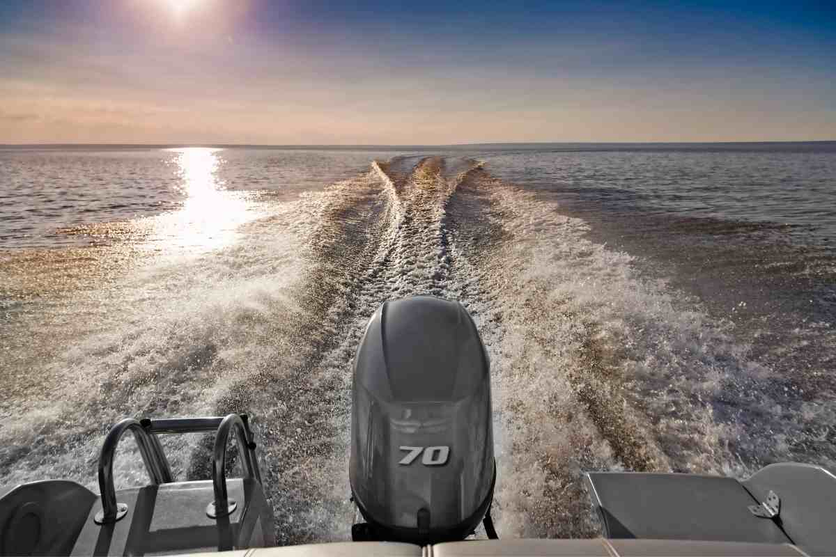How Fast Does A 70 Hp Boat Go?