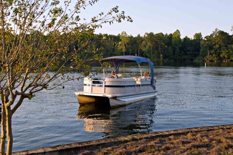 Pontoon with 90 vs 200 hp. What's the difference?